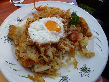 Uovo fritto su rosti
