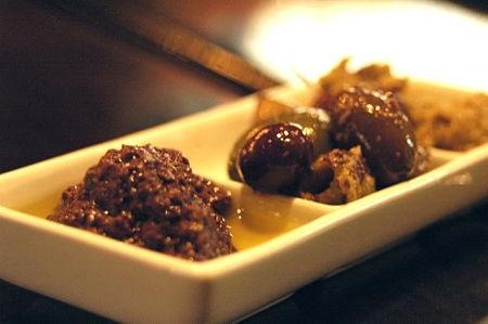 Come può essere presentata in tavola la crema di olive