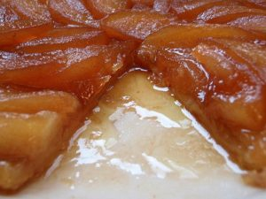 La Tarte Tatin alle mele è un tipico dolce francese