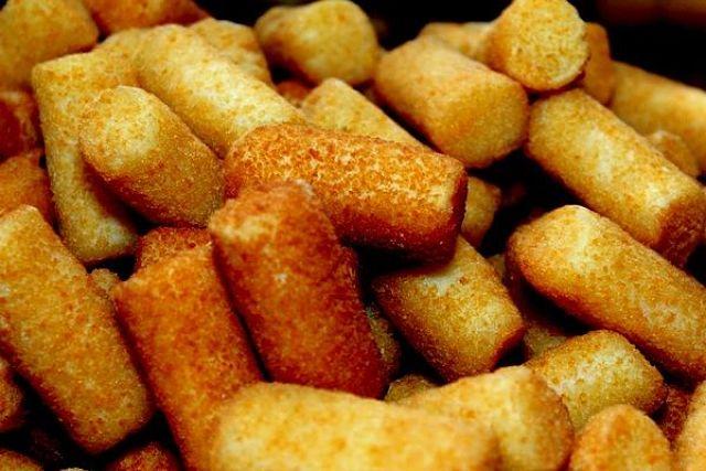 Crocchette di patate napoletane, o panzarotti, con crosticina dorata