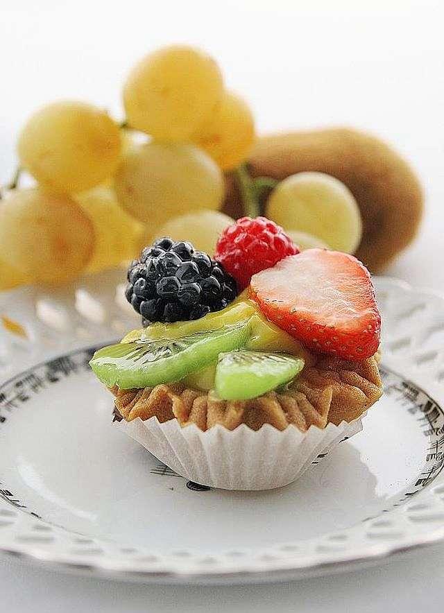 Crostatina con frutti misti