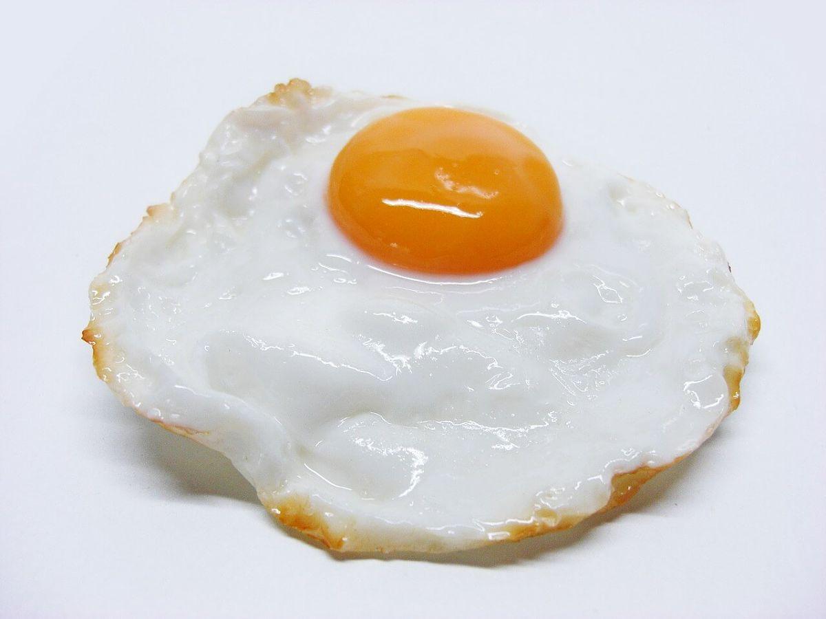 Uovo al tegamino cotto perfettamente