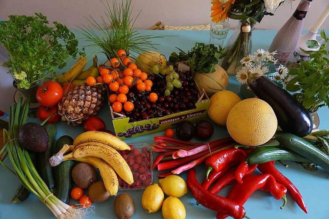 Frutti e verdure benefici per l'abbronzatura