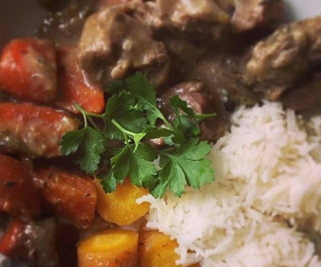 Vitello alla francese in blanquette con riso e carote