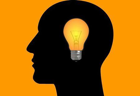 L'intelligenza è una lampadina accesa nel cervello