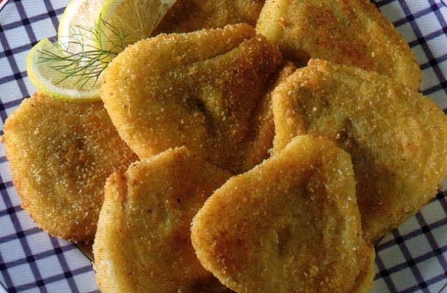 Cotolette di finocchi fritte con crosticina croccante