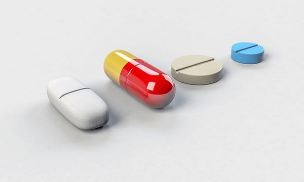 Medicine in capsula e pillole