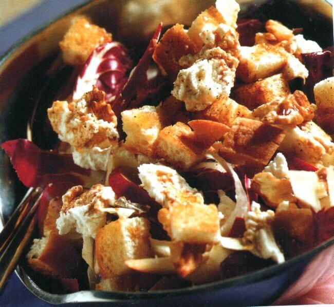 Ricca insalata invernale per un pasto sano e leggero