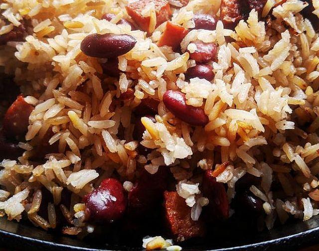 Congris di riso e fagioli neri