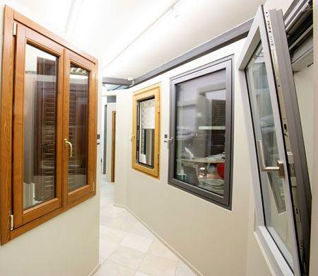 Finestre dotate di vetri fonoisolanti