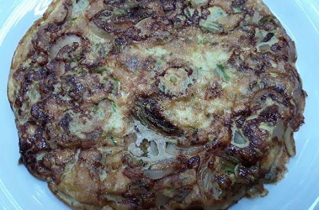 Frittata di zucchine e cipolle con crosticina