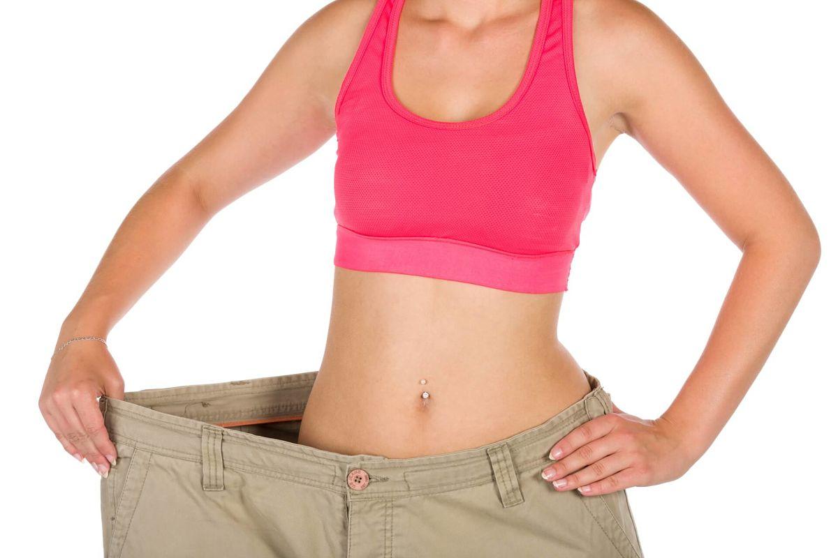 Donna dimagrita bene con la dieta rassodante ipocalorica