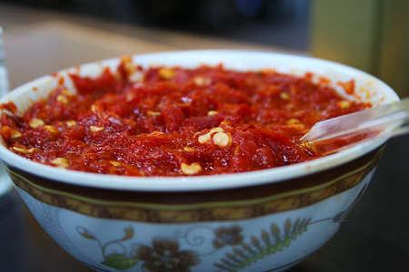 salsa harissa nella ciotola