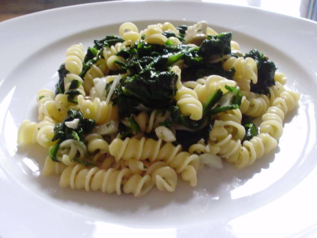 Pasta con spinaci e feta light