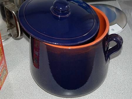 Pentola di terracotta vetrificata di colore blu